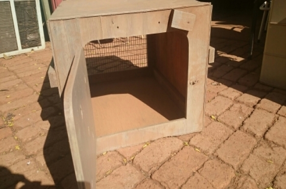 Animal Transport Box : 60cm x 50cm x 40cm