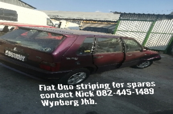 fiat uno stripping for spares