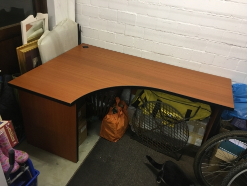 Large Office Desk   Mahogany Color