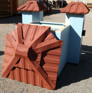 DOG KENNELS HOUSE MADE TO ORDER