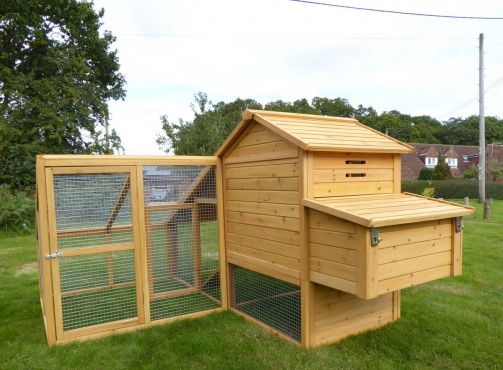 Large And Small Luxury Chicken Coops For Sale!!