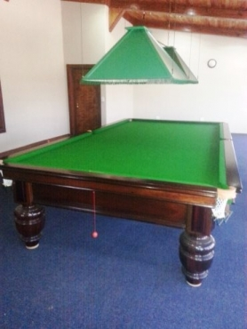 Full Size Snooker Table Like New Union Billiards  a true Bargain