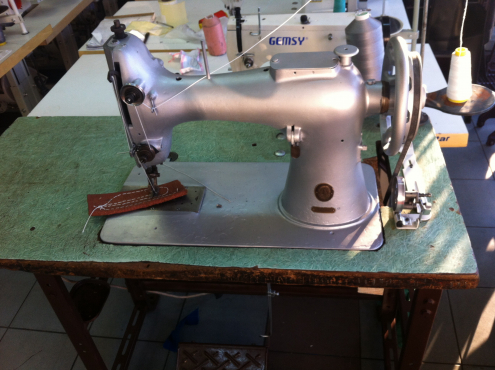 Singer 40k40 Extra Heavy Duty Leather Sewing Machine Junk Mail Enchanting Sewing Machine Mechanic Jobs In Cape Town