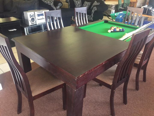 Dining room set / pool table