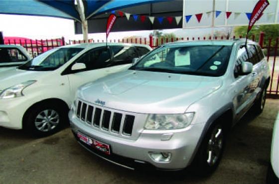 2012 Jeep Grand Chereokee 4x4 on auction
