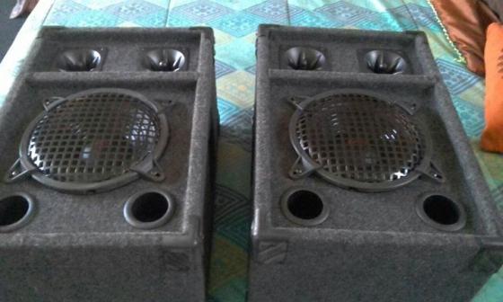 Sakyno speaker set