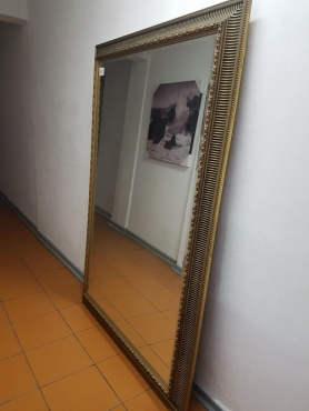 Large mirror in gold