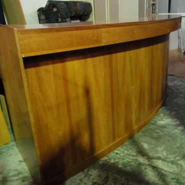 Beautiful Rose Wood 3 Meter Reception Desk With 2 Sets Of