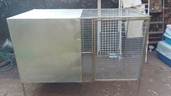 Big iron cage on feet for sale