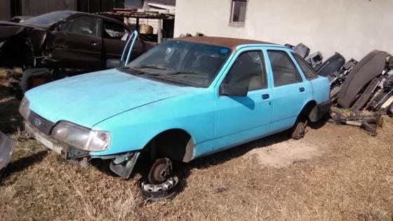 Ford Sierra strippin