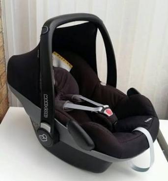 Maxi Cosi Baby Car Seat Pebble Black
