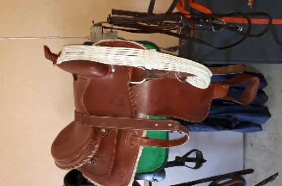 Jessie James Cowboy Saddle For Sale
