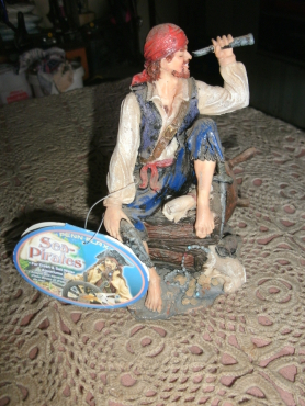 Pirate for fish tank for sale
