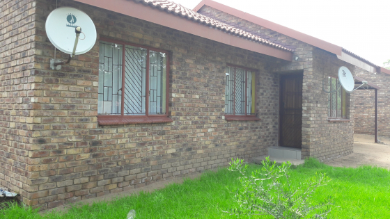 TOWNHOUSE FOR RENT IN MODIMOLLE