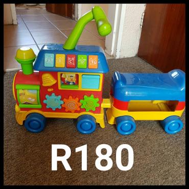 Toy sitting truck