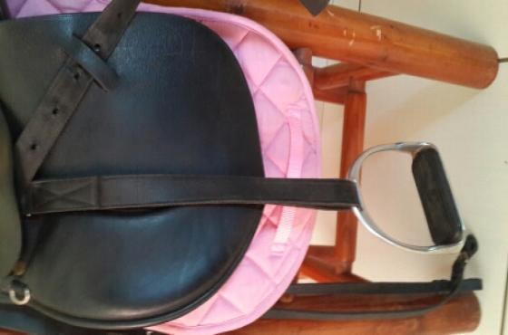 Kids GFS 15inch saddle