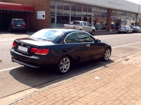 BMW I Cabriolet Auto Exclusive Pack ABSOLUTE STUNNER - 2007 bmw 330i