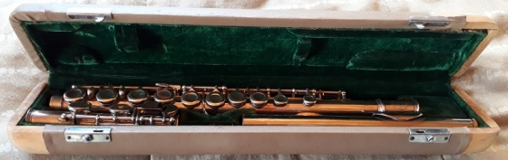 Hsinghai Flute Model R249 with Carry Case