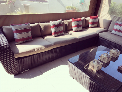 Patio Warehouse Stearman Art Wicker Outdoor Lounge Set
