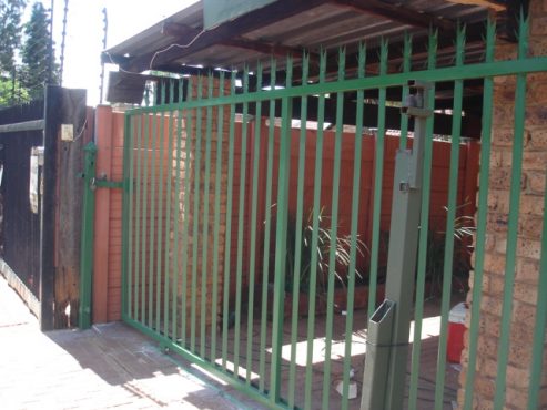 7 Spikes Palisade Fencing And Carports Junk Mail