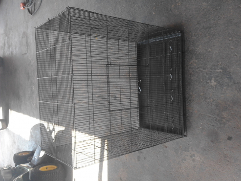 Bird/small animal cage.