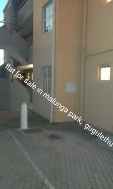 Flat for sale in Gugulethu