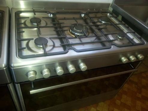 Defy 5 burner gas stove for sale