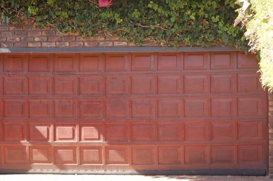 Double wooden garage door junk mail - Double wooden garage doors ...