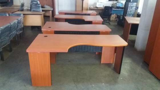 nice office desk. Nice And Ggood Looking Office Desk R