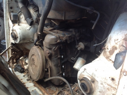 Stripping Toyota Cressida 1.8L 1979 for Spares