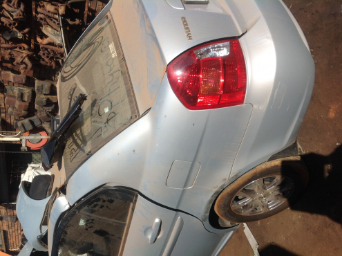 Stripping Hyundai Accent 2009 for Spares