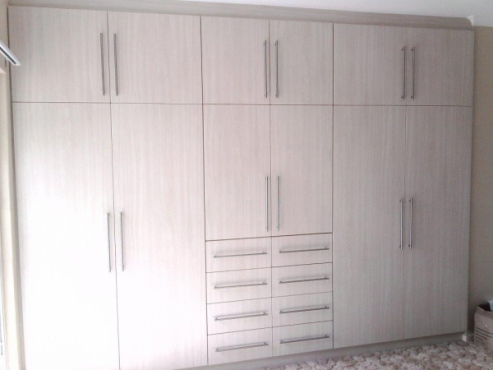 Affordable kitchen and bedroom cupboards durban area for Kitchen manufacturers durban
