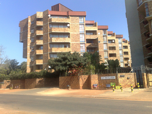 Pretoria North Spacious 2 bedroom Flat