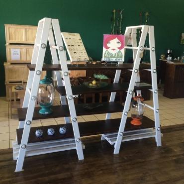 Ladder Shelving / Wa