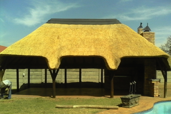 Repairs and Maintenance of Thatch Roofs and Lapa's