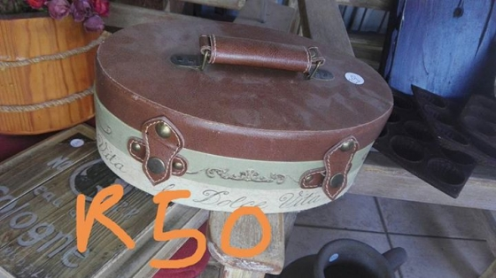 Old picnic case for sale