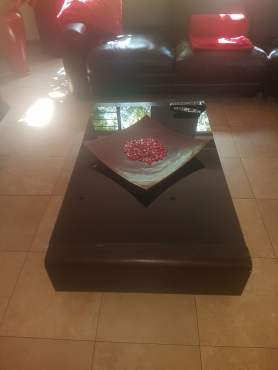 Centre coffee table