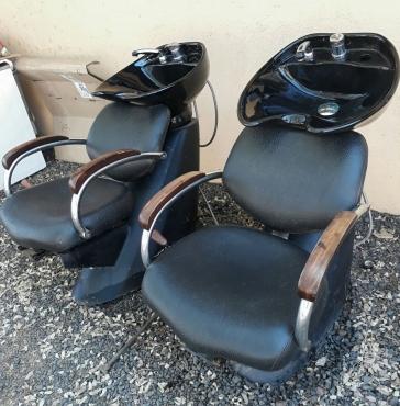 Salon chair and basin