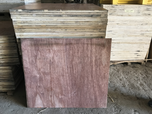 Shutterply Plywood Boards @ R100 each
