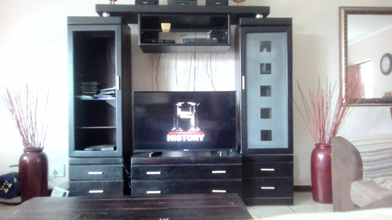 Mahogany wall unit for sale..urgent