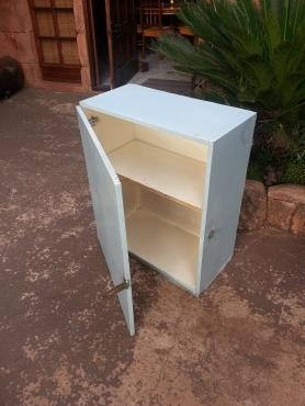 Lockable Cabinet (615x320x740)