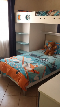 Children's bedroom set (SMS ONLY)