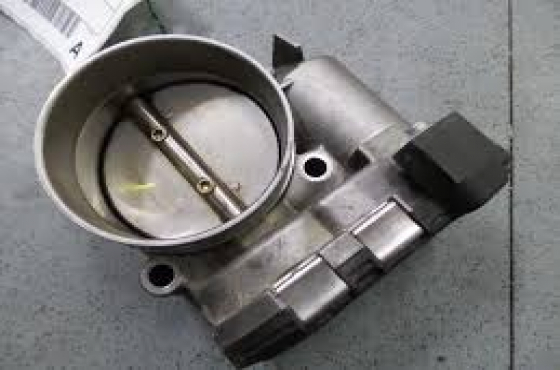 Alfa Romeo 145, 147 and 156  1.5, 1.6 2.0, 2.5 3.0 throttle bodies   for sale  contact 065 952 8789