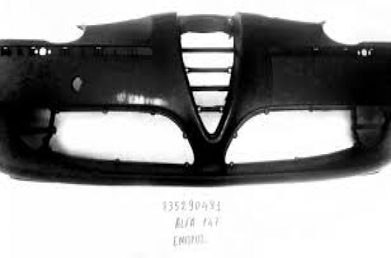 Alfa Romeo 147 and 156 front and rear bumpers  for sale  from R750each unit  contact 065 952 8789