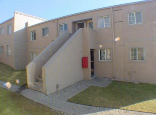 Buccleuch 2bedroomed Heronshaw bath, kitchen, lounge, carport Rental R5500