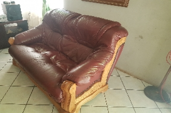 3.2.1.Grafton everest leather couches.