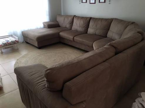Coricraft Full Leather Lounge Suite.