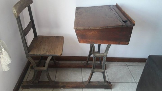 1800s 1900s Antique School desk - 1800s 1900s Antique School Desk Junk Mail - Antique School Desk Antique Furniture