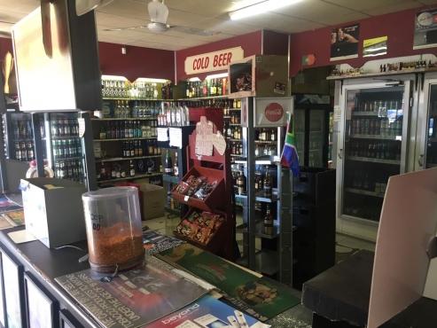 Urgent Bottle store for sale