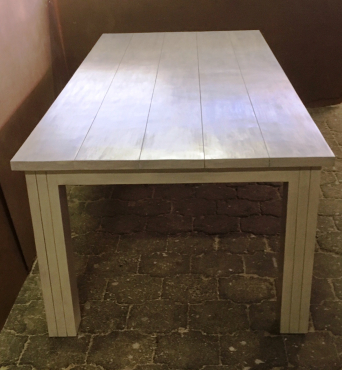 Patio table Chunky Cottage series 2400 Stained Antique white